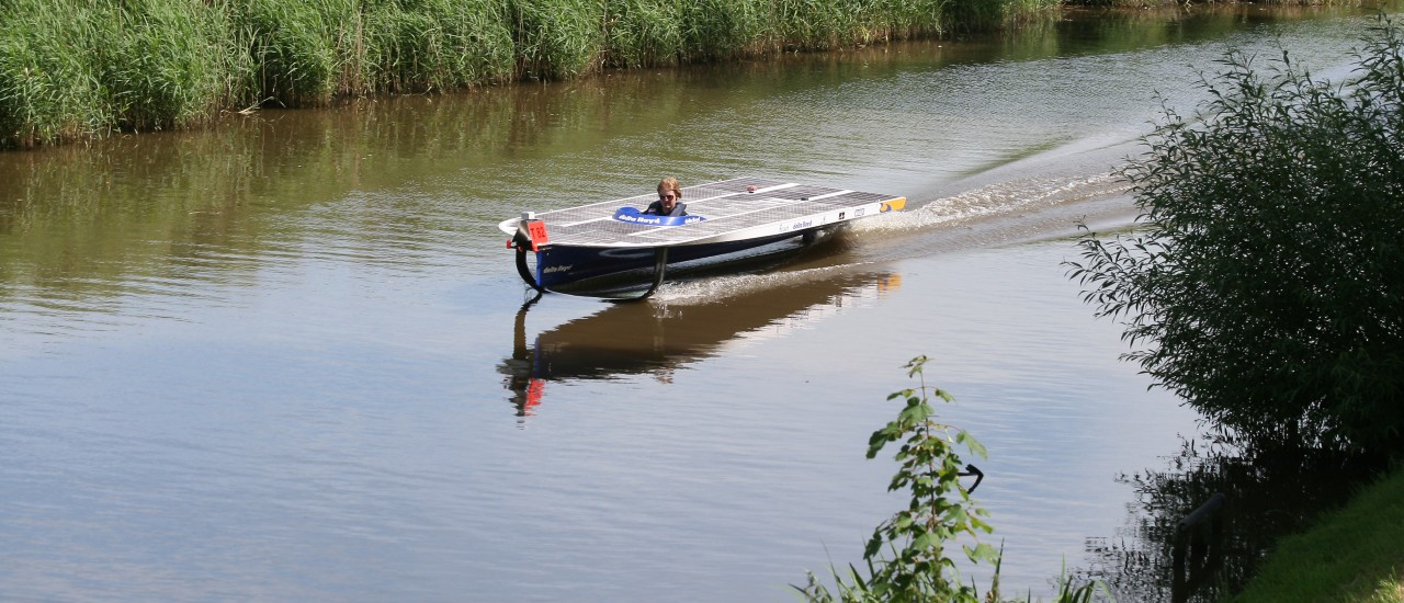 Solar boat challenger uses Kvaser interfaces for telemetry