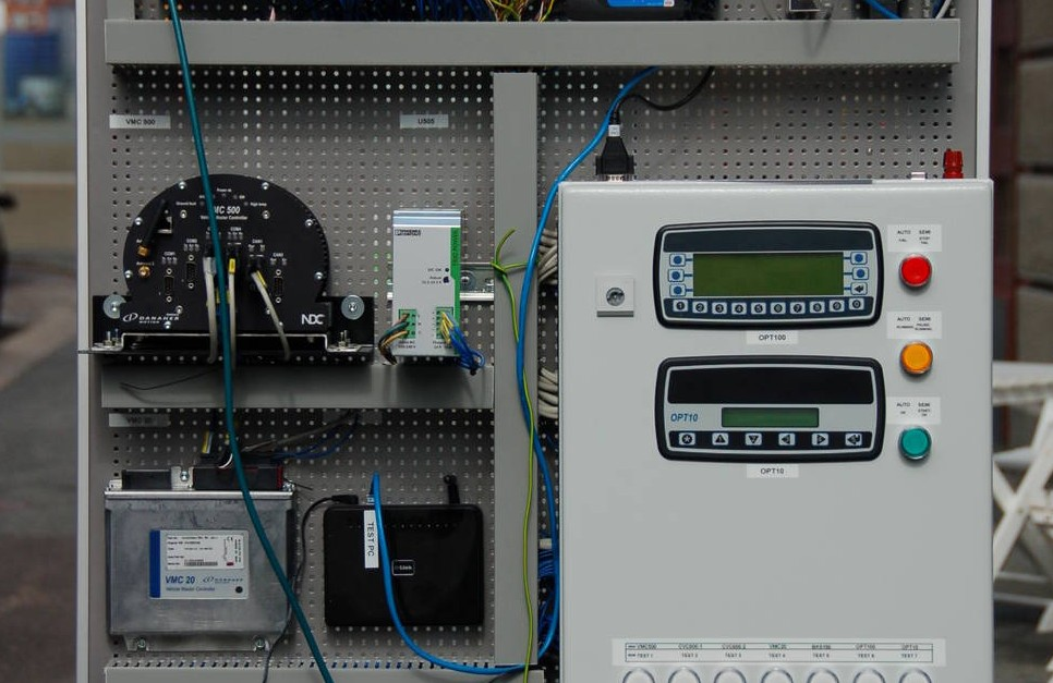 Kvaser Leaf interfaces sync CAN log files in Kollmorgen's automated test rigs