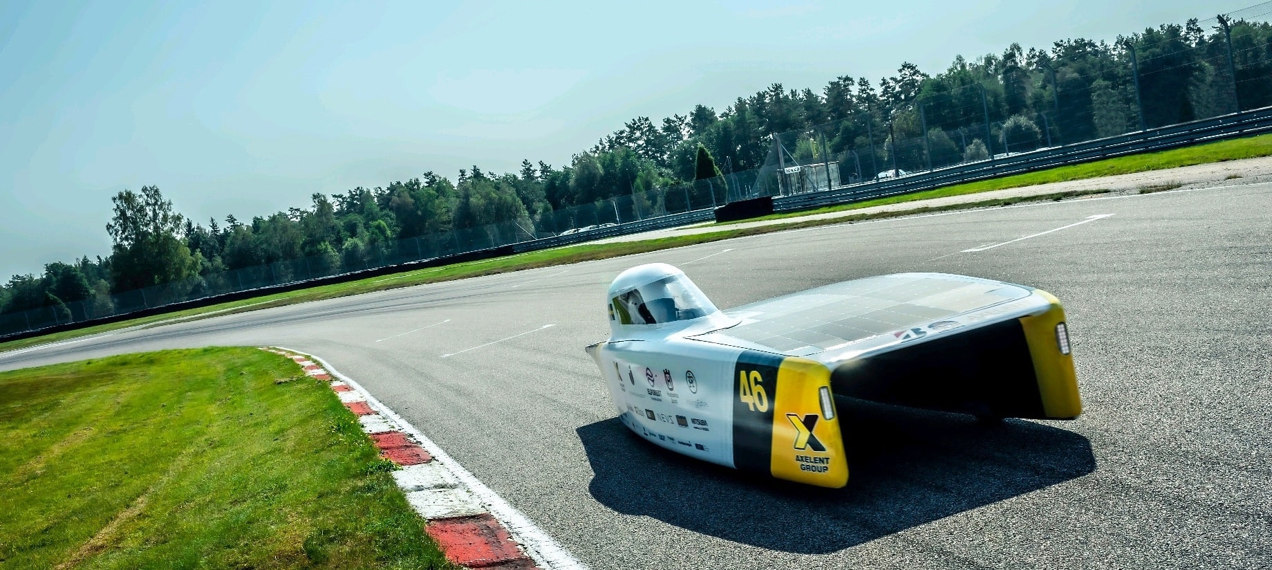 Kvaser helps Swedish university race contender on its solar travels